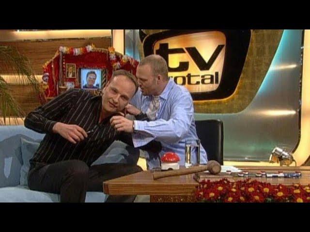 Oliver Welke und die Rückenhaare - TV total