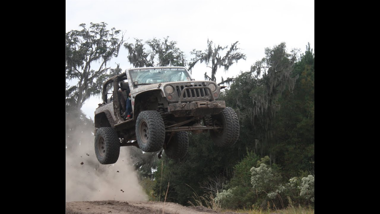 Custom Jeep Wrangler >> EPIC Jeep Wrangler jump! - YouTube