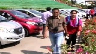 Diamond merchant gifts cars, houses to employees as Diwali bonus