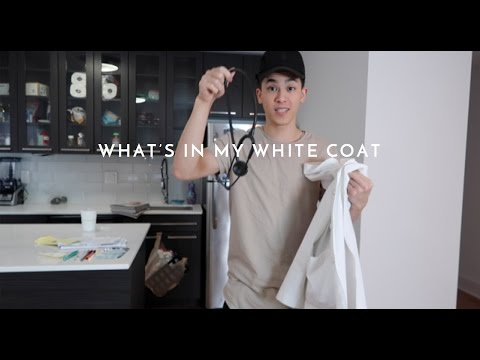 Candid What's in my WHITE COAT | Med School Vlog