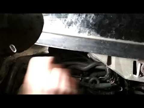 Как снять датчик температуры охлаждающей жидкости на Опель омега б V6 очень просто
