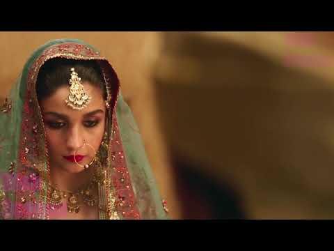 Alia Bhatt All Kissing Scenes In Razzi Trailer thumbnail