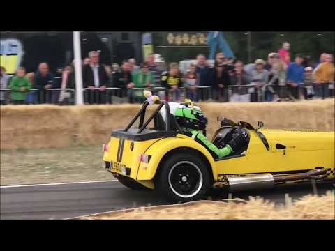 CARFEST NORTH 2018 ON TRACK ACTION