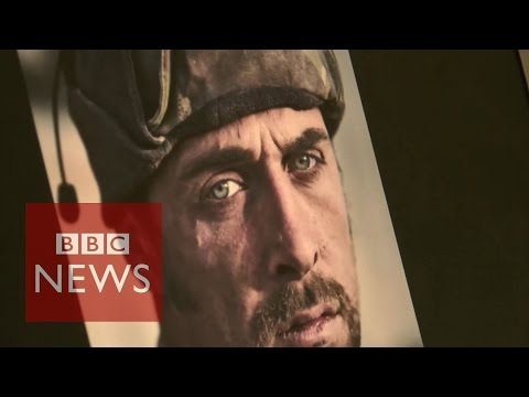 War photography: Guys with a '1000 yard stare'- BBC News