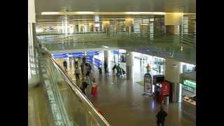 Аэропорт Шереметьево терминал D(Аэропорт Шереметьево расположен в 28 км северо-западнее центра Москвы и в 11 км от МКАД. Добраться можно на..., 2013-06-15T13:44:55.000Z)