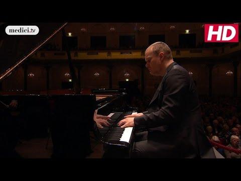 Lars Vogt - Piano Concerto No.1 - Beethoven