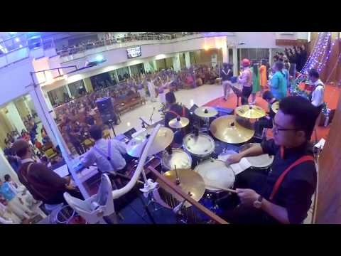 O Come All Ye Faithful (Hai Mari Berhimpun) | DRUM CAM