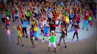 ##OKI FLaSH MOB## . LMFAO Party Rock Anthem [Kool Kolor Edition]