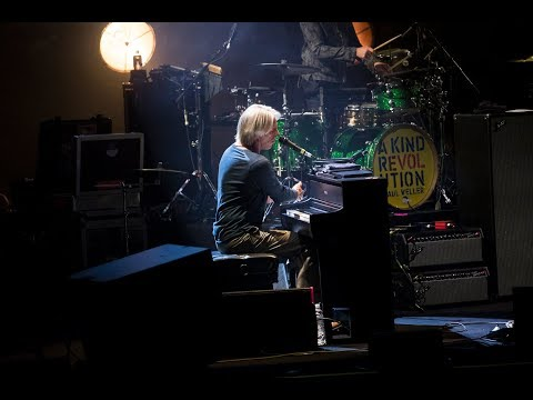 "Paul Weller - ""Long Long Road"" (Live at Sydney Opera House)"