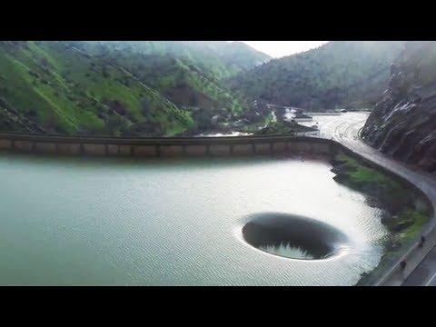 怖い…絶対に泳いではいけない6つの場所。