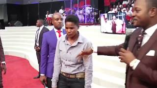 LESBIAN WOMANISER gets Delivered in CHURCH - Accurate Prophecy by Alph LUKAU thumbnail