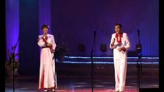 видео: «Сирень». Дуэт народного ВИА «Шуматкече»