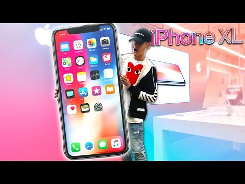 WORLDS BIGGEST IPHONE X AT APPLE STORE PRANK