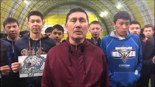"""Болельщики """"Барыса"""" из Шымкента требуют отставки руководства клуба и главного тренера"""