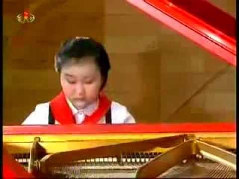 North Korea Life - Korean girl playing piano talent