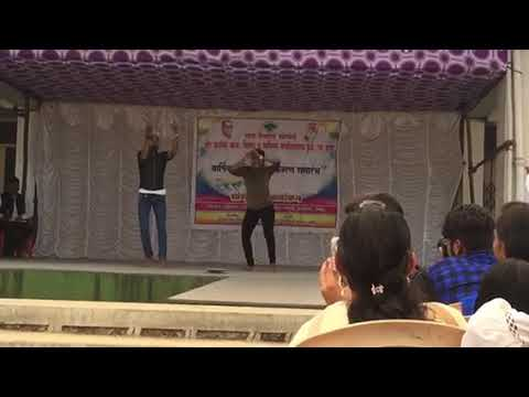 awesome performance at college gathering on marathi song Chand Matla