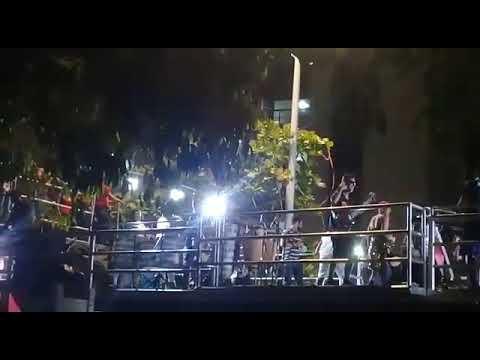Parada LGBTQI+ atrai multidão na Avenida Soares Lopes em Ilhéus 5