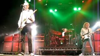 "Status Quo "" The Frantic Four"" -  Forty-Five Hundred Times / Rain - Glasgow O2  -, 9-3-13"