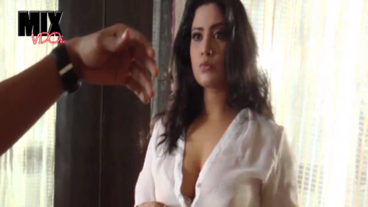 Hot Romantic Song by Kavita Radheshyam - YouTube