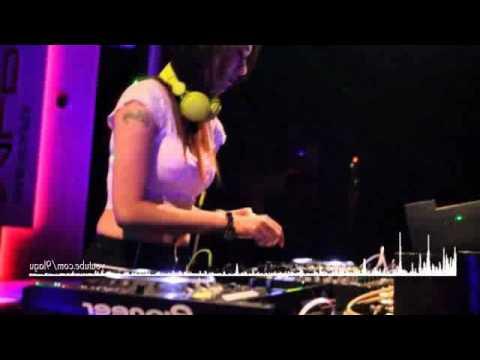 Semakin Sayang Semakin Kejam - DJ Rita Sugiarto