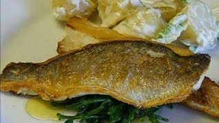 How to fillet sea bass,and cook it,in real time.SEA BASS.