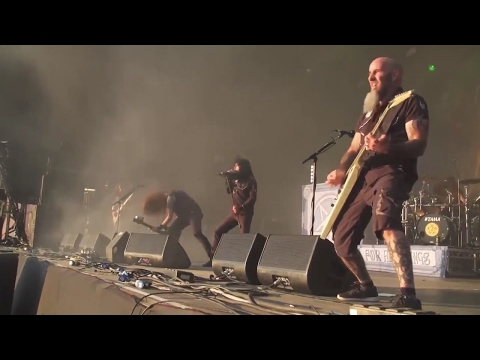 CAUGHT IN A MOSH by Anthrax - 13 performances spanning 29 years