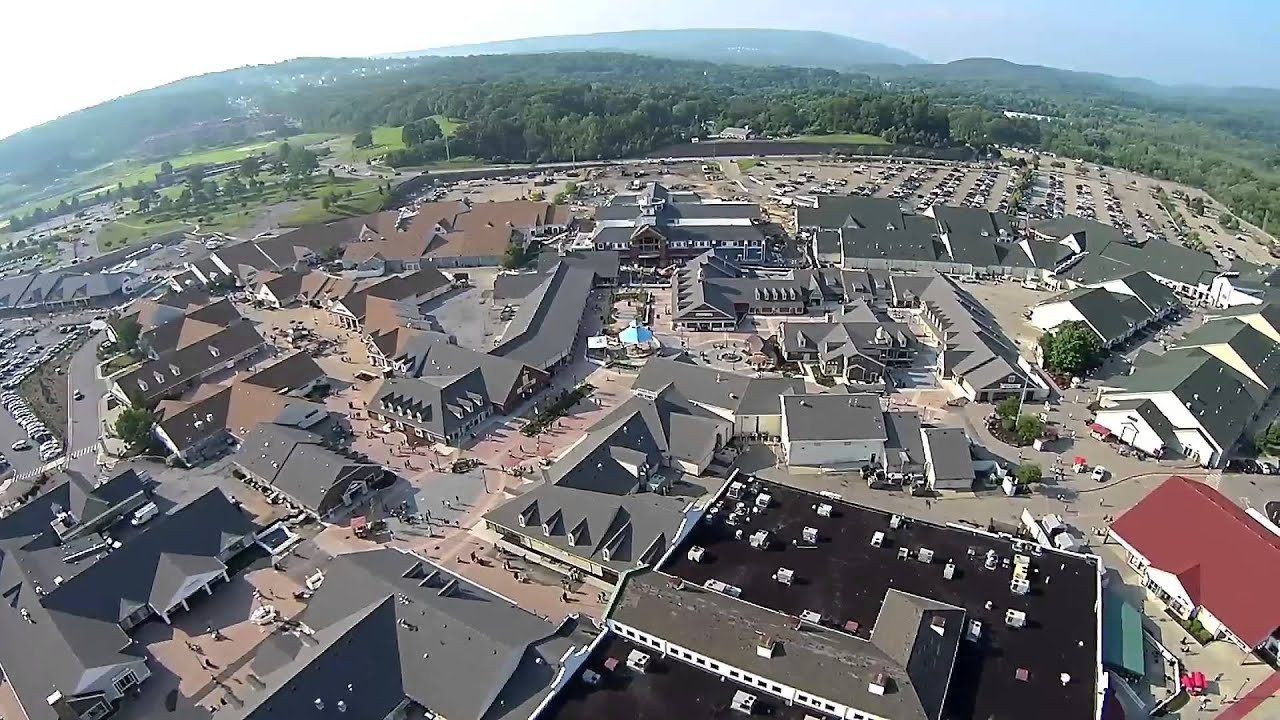 Outlet New Jersey >> Woodbury Common Premium Outlets 7.1.2015 - YouTube