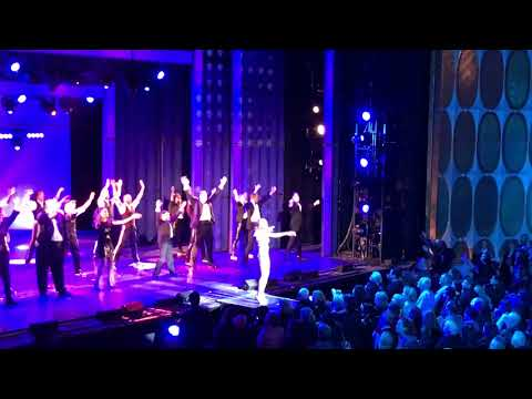 The Bodyguard curtain call at The Fisher Theatre