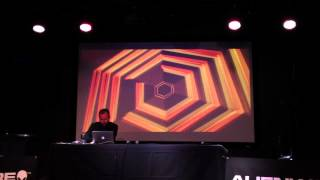 Repeat youtube video Terry Cavanagh Completes Hyper Hexagonest mode in Super Hexagon on stage (78:32)