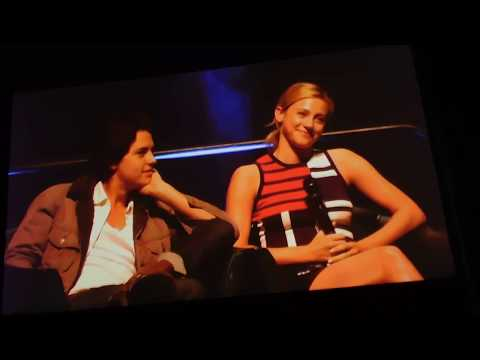 How does Lili Reinhart like kissing Cole Sprouse? Riverdale stars Jughead & Betty