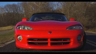 The 1995 Dodge Viper RT/10 is the coolest car I've ever driven... and here's why!