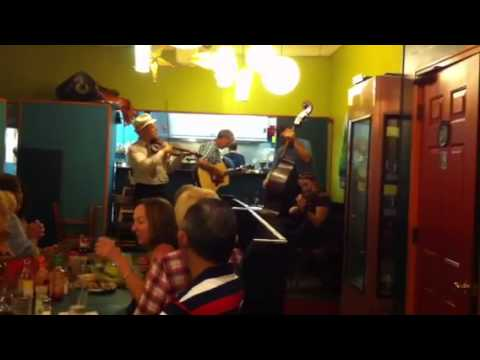 Folk music at Guadalupe restaurant.