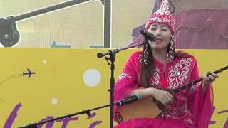 세계문화공연 카자흐스탄 전통악기연주 둔부라 & 전통민요…