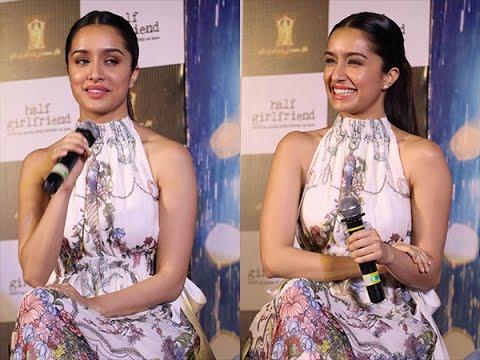 Oops Moment For 'Shraddha Kapoor' | New Bollywood Movies News 2017 thumbnail