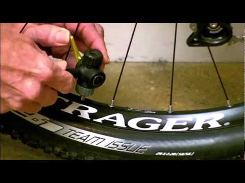 How To Inflate A Presta Valve Tube Youtube