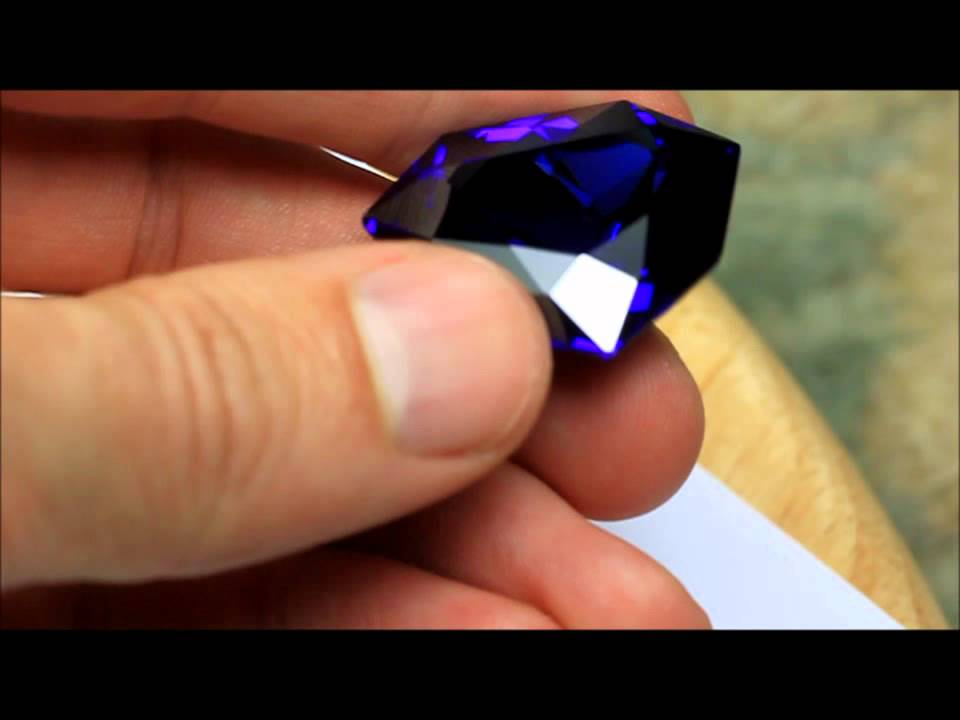 facts blue cursed amazing diamond the french playbuzz about