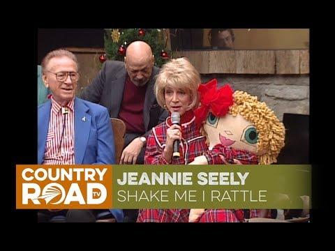 Jeannie Seely sings