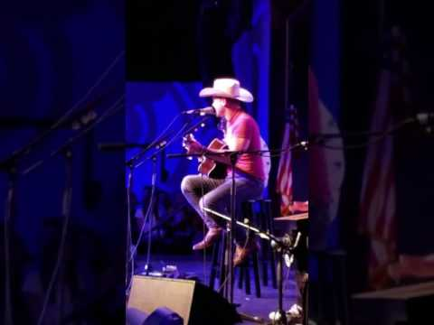 Dustin Lynch covering Tim McGraw Red Rag Top