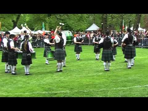 The Owl Town Pipe & Drum Band - Grade 3 - Highland Gathering Peine 2012