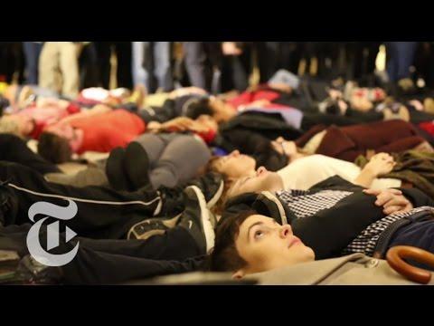 New York Mourns Eric Garner, Again   The New York Times