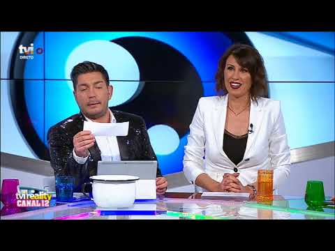 Serginho coloca mensagens dos telespectadores... no penico! - Late Night Secret