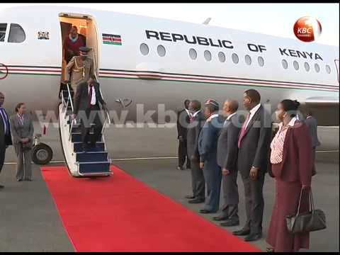 President Kenyatta jets back from Ethiopia AU summit