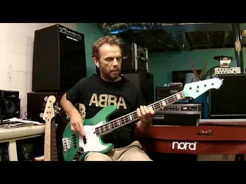The Trooper - Iron Maiden (Steve Harris) Bass Cover