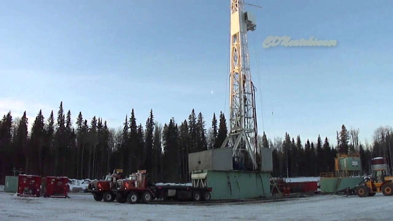 Drilling Rig Skid Move With Bedtrucks Youtube
