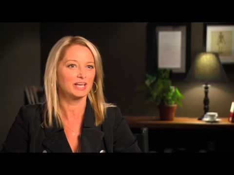 Katherine LaNasa 'The Campaign' ! HD