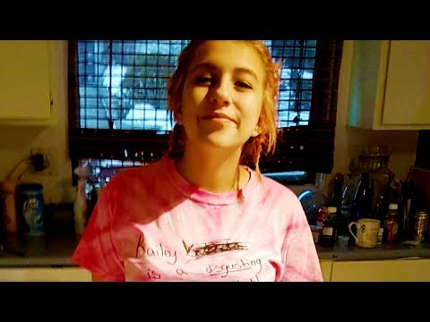 Girl fights back by wearing bully's words on T-shirt from YouTube · Duration:  6 minutes 31 seconds