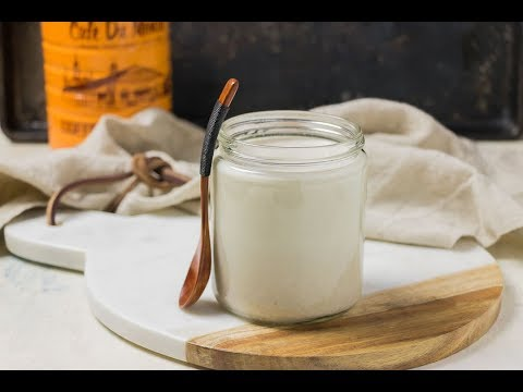 how-to-make-paleo-coconut-milk-condensed-milk-(2-ingredient,-sweetened-w/-dates)