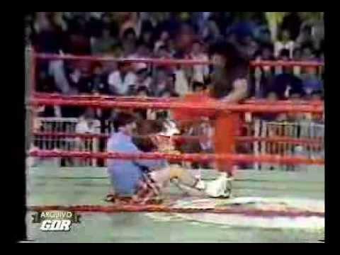 Gigantes do Ringue - Nerú & Índia Paraguaia vs Índia Amazonense & Bianca Naudi (1988)