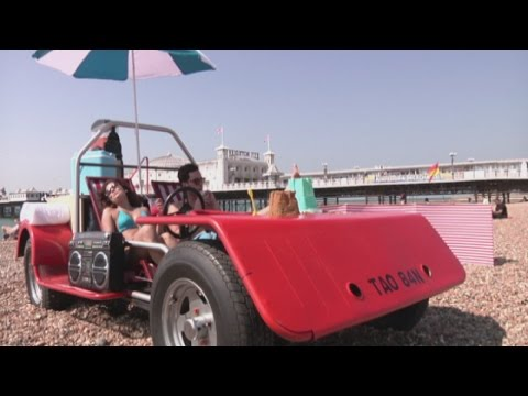 World's first driveable deckchair hits Brighton beach