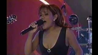 SAMY Y SANDRA GALLINA FINA